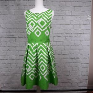 Bright green & white sleeveless dress size 16